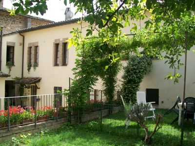 Photo for House with garden in the centre of the medieval Spello, cradle of one of the Pinturicchio's  masterpiecesHouse with garden
