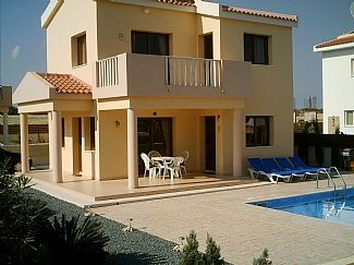 Photo for Cyprus Villa 400 mtrs from sea, close to beaches, free Air Con, Wi-Fi and UK-TV.