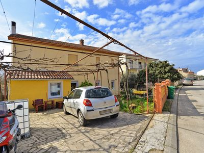 Photo for Holiday apartment Pula for 2 - 3 persons with 1 bedroom - Holiday apartment