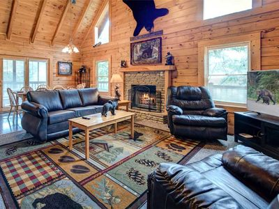 Photo for Southern Dream, 8 Bedrooms, Theater Room, Hot Tub, Pool Table, Sleeps 26