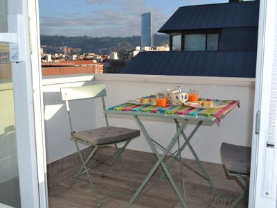 Photo for Send small apartment in the center of Bilbao for a special holiday