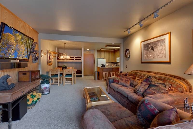 St anton condos 3 warm mountain cabin feel home away for Home away from home cabins