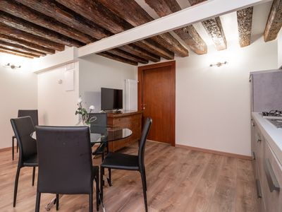 Photo for Venice Luxury Palace 5 - Apartment for 5 people in Venice
