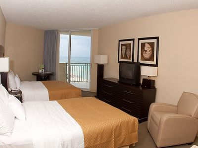 Photo for Apartment Beachfront in Miami/Sunny Isles - 4 persons, 1 bedrooms