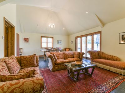Photo for Hop Pickers Cottage, lovely accommodation in the Kent Countryside,
