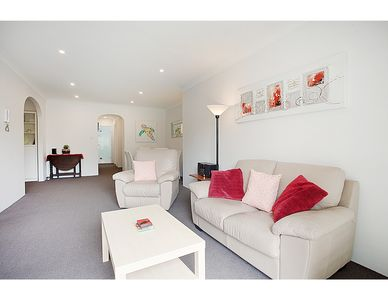 Photo for Quiet and bright apartment in leafy Cammeray