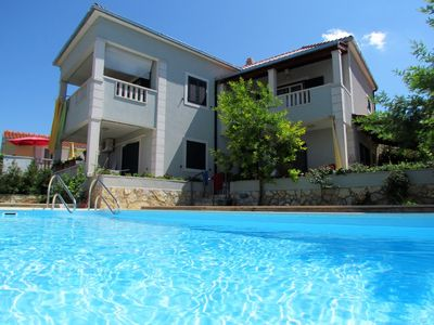 Photo for Holiday house with pool area