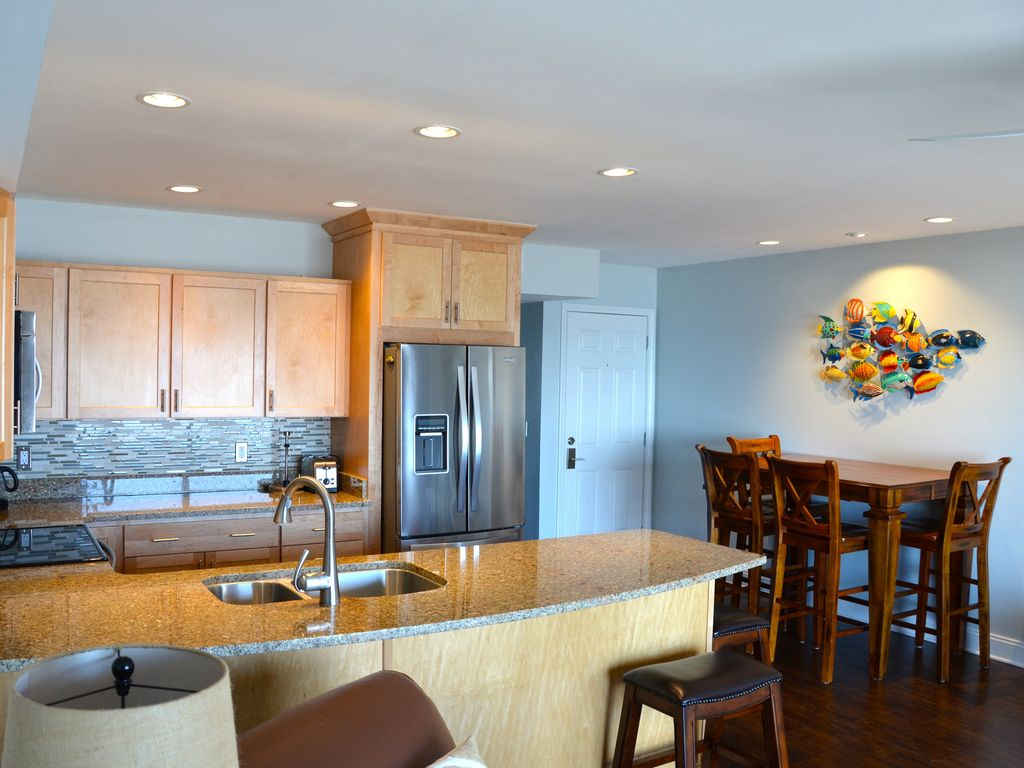 Beachfront Condo Renovations : Luxury condo front row oceanfront complete remodel with