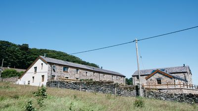 Photo for The Swallows - Three Bedroom House, Sleeps 6