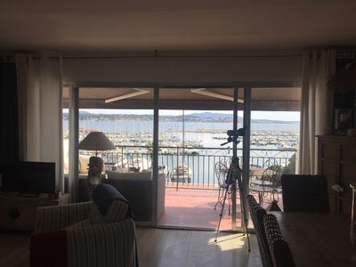 Photo for Appt 3 pers on the Port of Bandol large terrace sea view