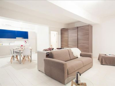 Photo for Spacious Pantalone 6  apartment in Cannaregio with WiFi, integrated air conditioning & lift.