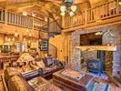 2BR Cabin Vacation Rental in Mount Lemmon, Arizona