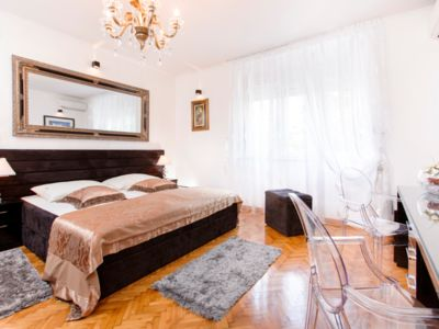 Photo for Luxury Apartment PALACE RIVA