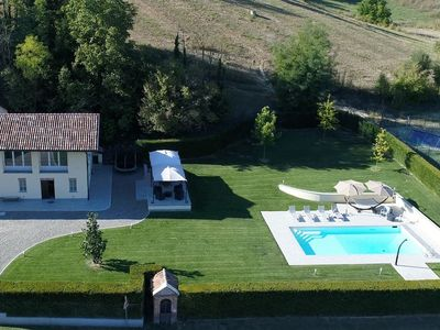 Photo for 6BR Villa Vacation Rental in castelnuovo calcea AT, Piemonte