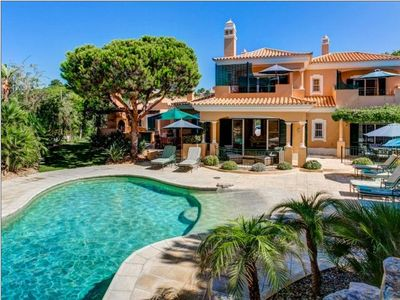Photo for 6 bedroom Villa, sleeps 12 in Vale do Lobo with Pool, Air Con and WiFi