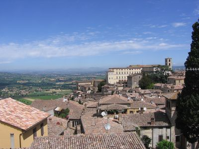 Photo for Spacious Condo in Picturesque Umbria