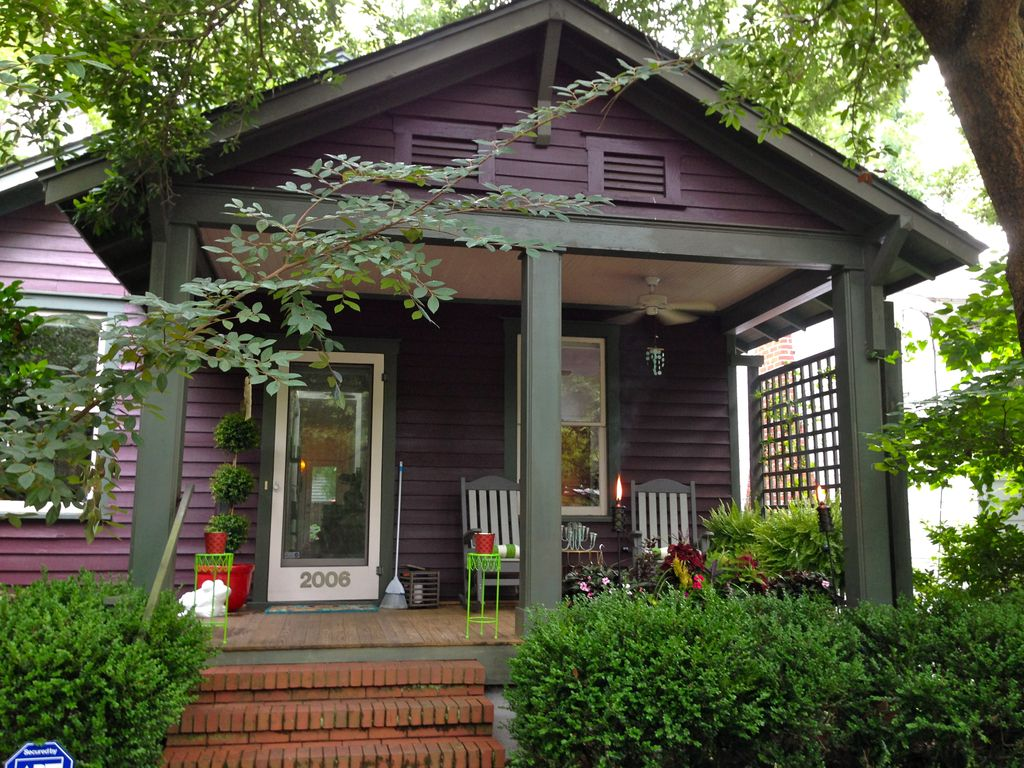 Property Image1 Charming 1920s Remodeled California Bungalow Near Downtown Wilmington