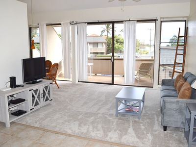 Photo for Bright, Comfortable Condo Seconds from the Beach