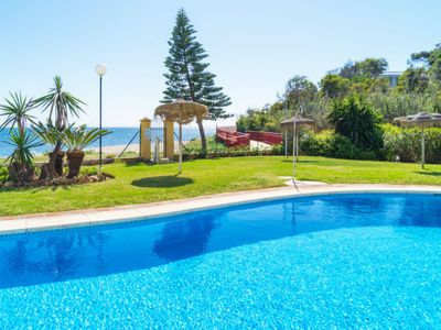 Photo for Apartment Royal Beach in Calahonda - 4 persons, 2 bedrooms