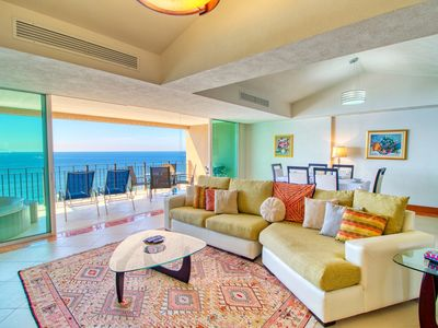 """Photo for """"Cloudy Sky"""" Beautiful Suite with a great view to the ocean and the green areas."""