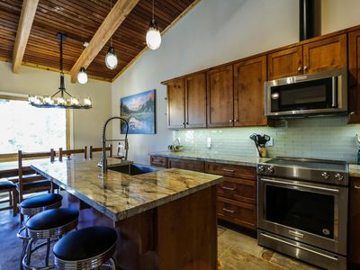 Photo for Remodeled, Beautiful and Spacious, Walk to Canyon Lodge