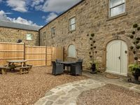 Great property, comfy beds, lovely communal area.