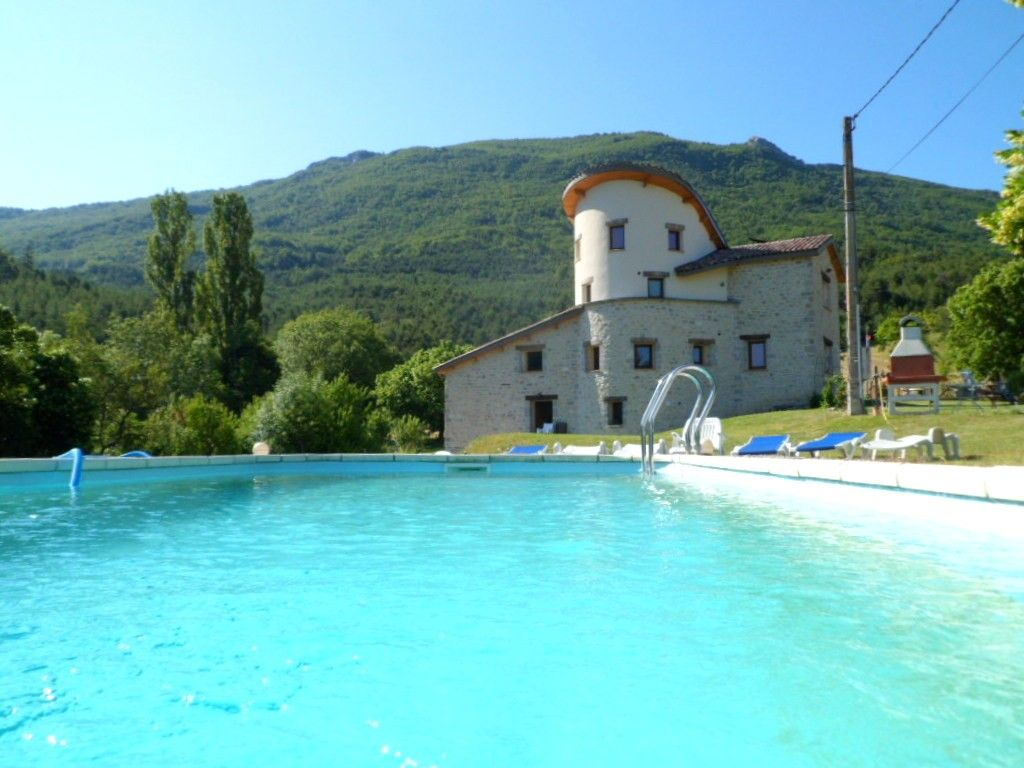 Izon La Bruisse Cottage Rental