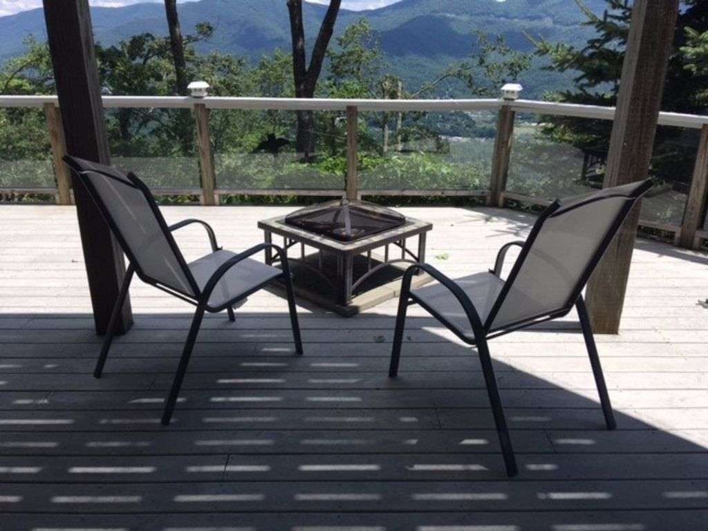 The Falls at Harrison Hill will enchant you with breathtaking mountain views