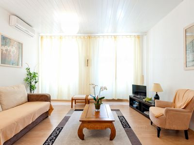 Photo for 1BR Apartment Vacation Rental in Cannes, Alpes marítimos