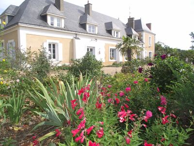 Photo for Gite with swimming pool in a Manor of the eighteenth to 2 hours from Paris.