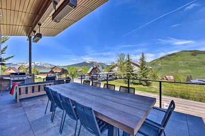 Treat yourself to a spectacular stay in Crested Butte!