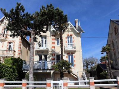 Photo for Villa Royan, 5 bedrooms, 10 persons