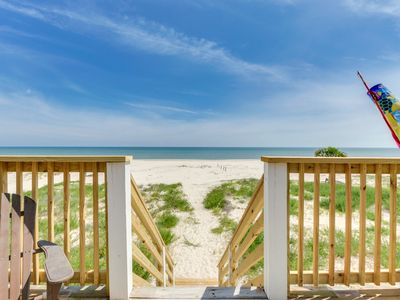Photo for Save 10% on Stays this Summer |Cozy Gulf-front Cottage, Perfect for Small Family