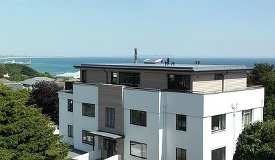 Photo for 2 Bedroom Apartment With Balcony And In Close Proximity To The Beach
