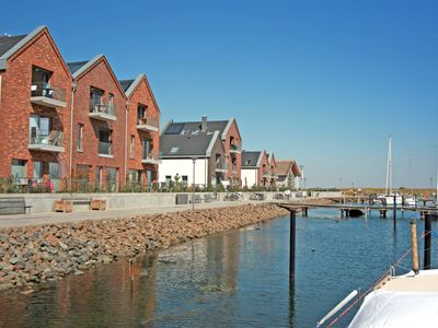 Photo for Exclusive apartment for 2 persons directly at the marina Heiligenhafen