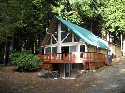 Photo for Lake & Mountain Views, Pet Friendly, Boating, Hiking & Golf