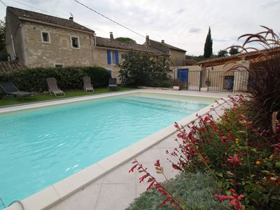 Photo for Pretty holiday landhouse, Saint-Rémy-de-Provence, pool and pool house