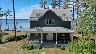 Photo for Sunset Bay Retreat: 4 BR / 3 BA house in Beaufort, Sleeps 8