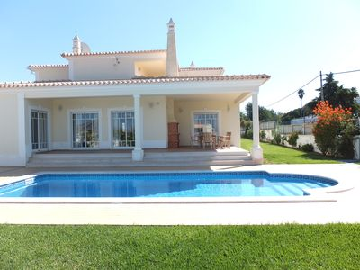 Photo for 4 bedroom Villa Morris close to Albufeira
