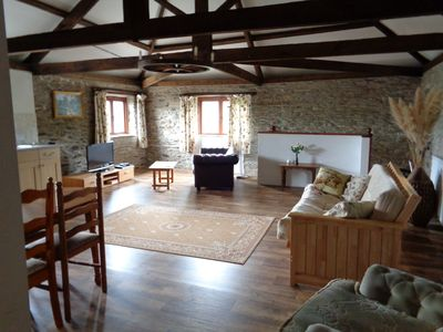 Photo for The Hayloft, 6 miles to Looe & dog friendly Seaton Beach, country retreat (1 BR)