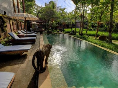Photo for 5 Deluxe Hotel Paddy View 10 People Ubud Bali