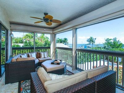 Photo for Wonderful bayfront condo located in the heart of Captiva PLUS $100+ Exclusive Beach Resort Discounts