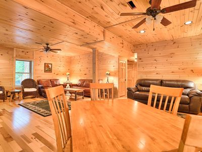 Sugar Maple FREE winter extra night.  SPRING-SUMMER RATE 2020! HUGE HOME VR Tour