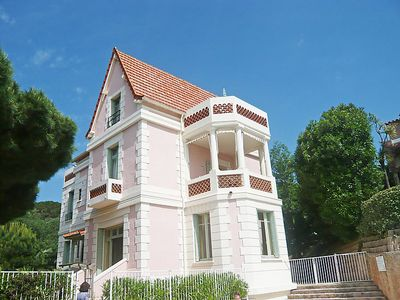 Photo for Cavalaire-sur-Mer Apartment, Sleeps 2 with Pool and Free WiFi