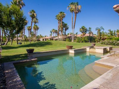 Photo for Luxurious living space on the 17th hole of the Nicklaus Tournament course