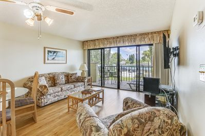 Remarkable Lands End 204 Building 1 Beautiful New Floors Across Pool Lounge Chairs Sunset Beach Pdpeps Interior Chair Design Pdpepsorg