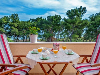 Photo for Apartment Emi no2 with sea view, 50m from beach, with wifi, air conditioning