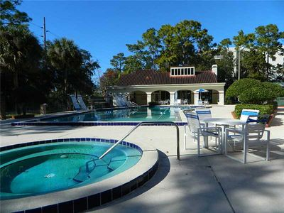 Photo for Attractive Lakefront Townhome Condo On 400 Acre Fish/ Ski Lake Howell