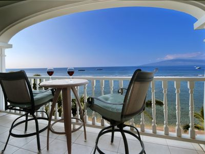 Photo for Lahaina Shores 6th Floor Oceanfront Condo with Panoramic Water Views