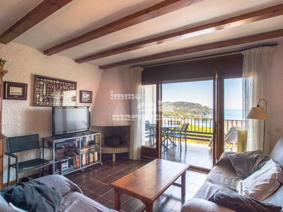 Photo for 4 bedroom Apartment, sleeps 7 with Pool and Walk to Beach & Shops